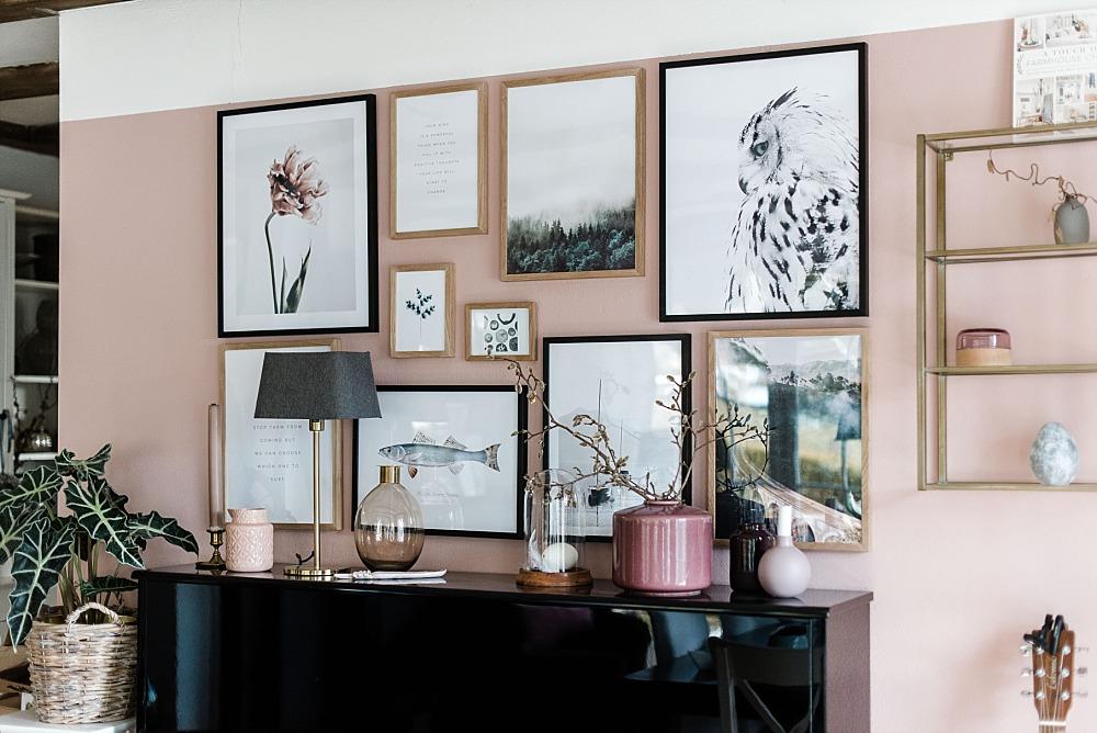 Neue Wandfarbe, neue Bilderwand